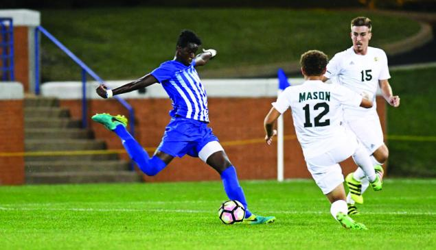 Men's soccer perfect in A-10, remains three points clear of Saint Joseph's